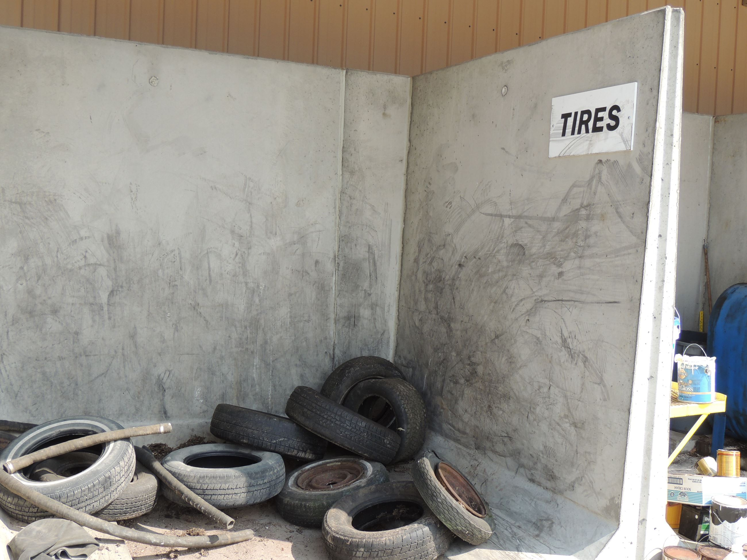 Tires Drop-Off Area